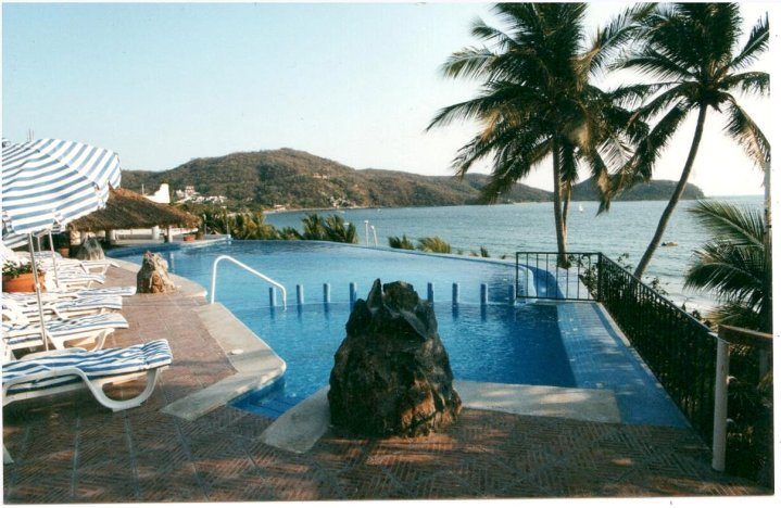 catalina beach resort: